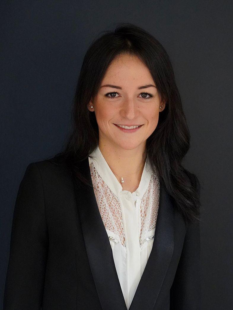 Dr Laura Moyal, ophtalmologue à Paris 5 au Centre ophtalmologique COSS